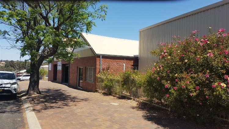 reduced mechanical business premises - 8