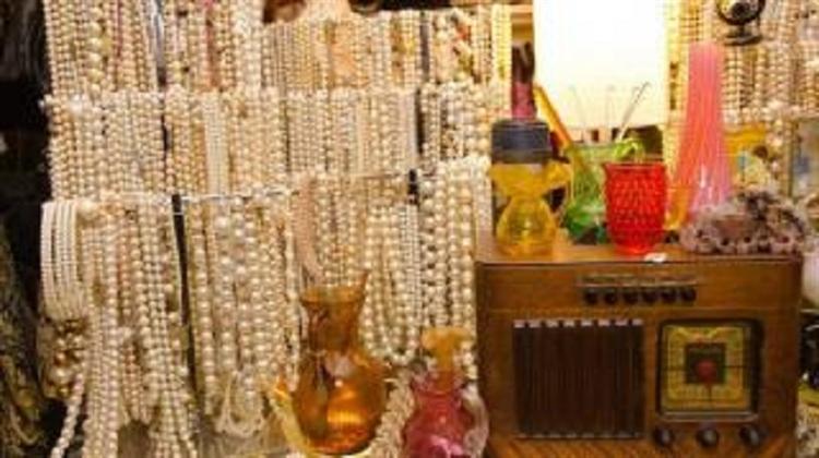 vintage store queens - 4