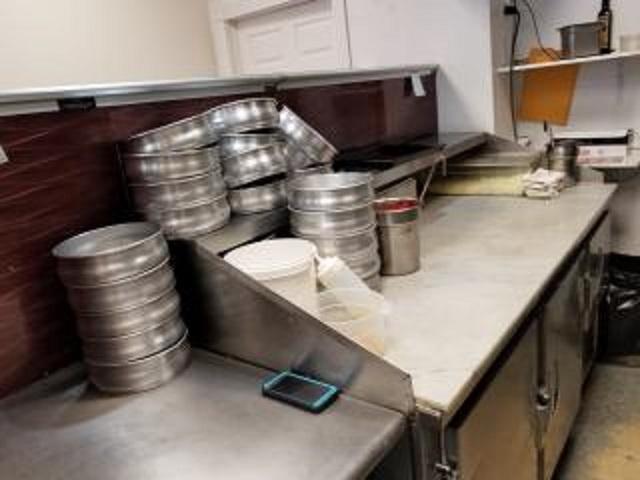pizza restaurant suffolk county - 4