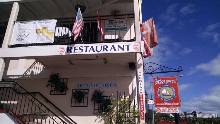 successful waterfront restaurant bar - 9