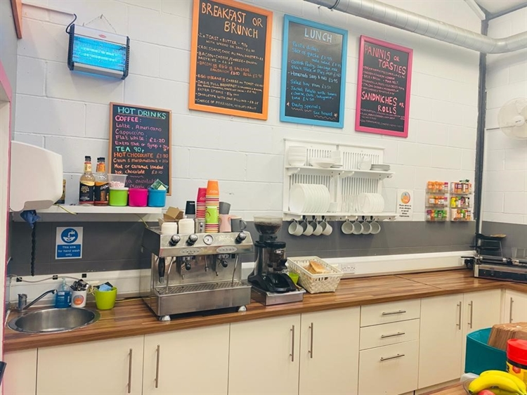 busy cafe sandwich bar - 4