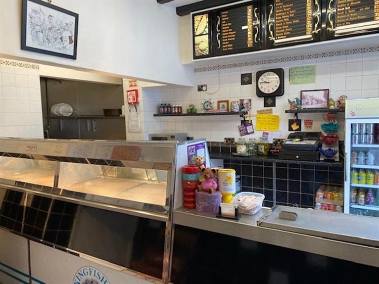 fish chip restaurant takeaway - 5