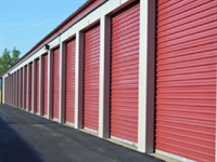 outdoor storage business with - 1
