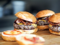 burger chicken restaurant business - 2