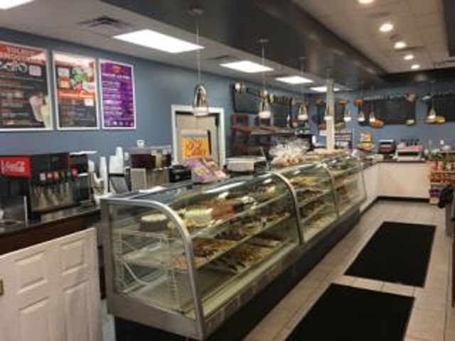 bagel bakery with deli - 5