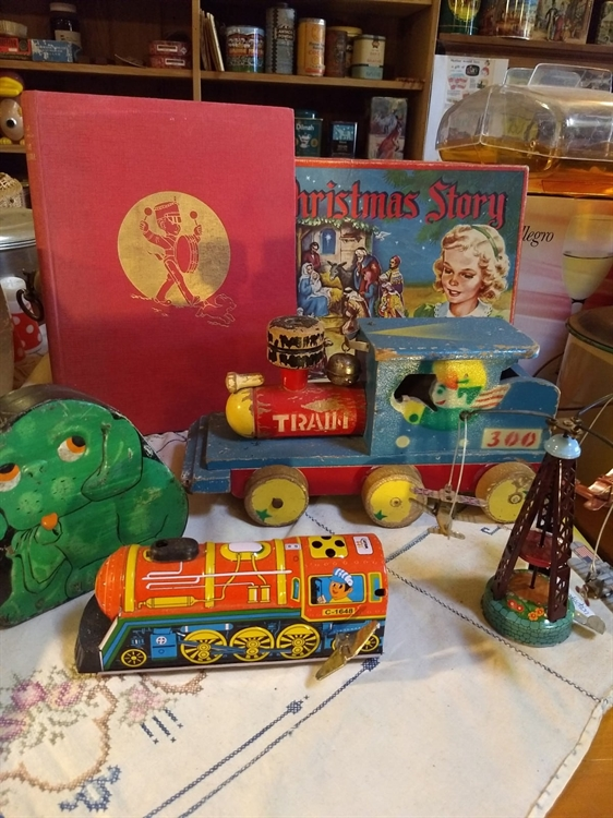 vintage collectables gift-wares store - 7