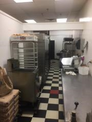 brand new pizza shop - 4