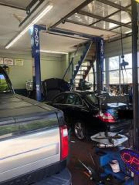 two bay auto repair - 4