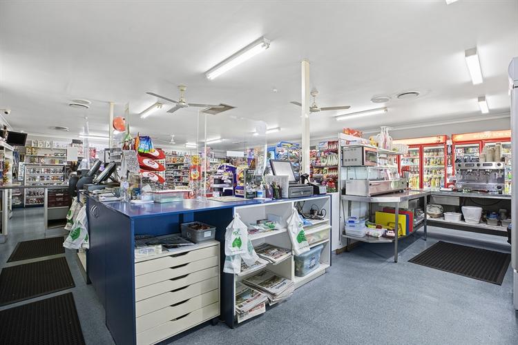 gladstone general store news - 8