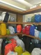 wash fold drop store - 3
