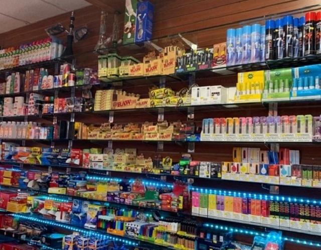 manhattan smoke shop grocery - 5
