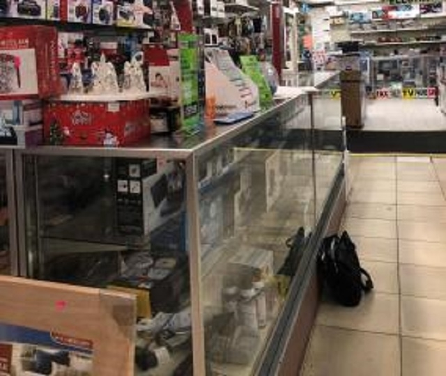 electronic appliance store kings - 4