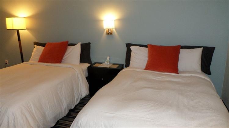 56 room florida hotel - 4