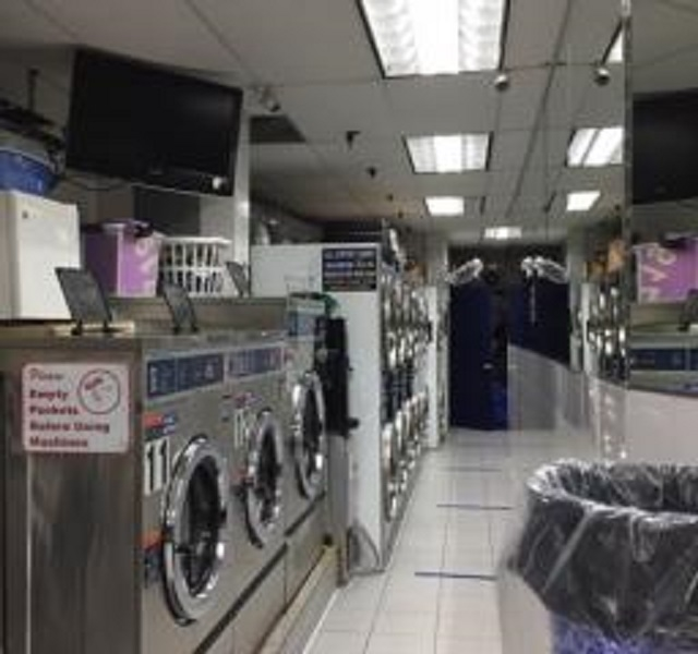 dry cleaning laundromat kings - 4