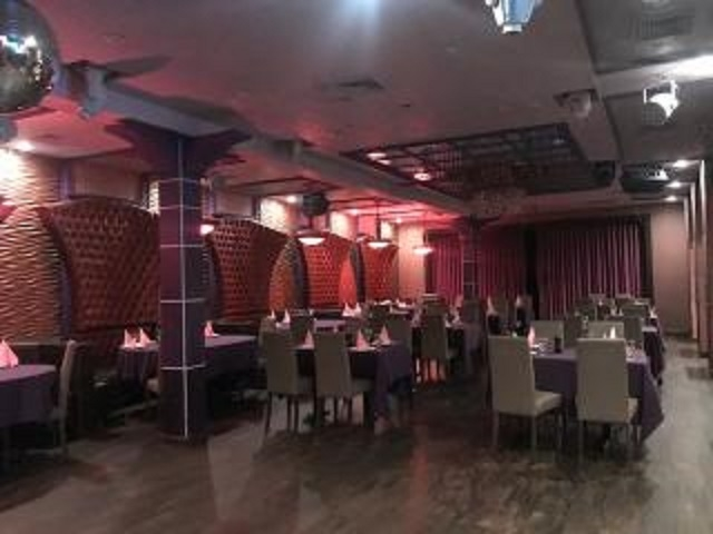 club restaurant with catering - 5