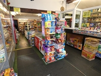 convenience store off licence - 1