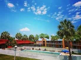 56 room florida hotel - 7