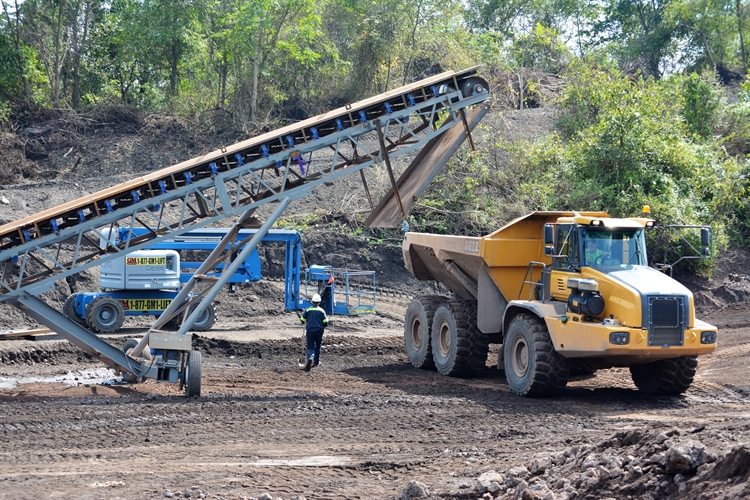 aggregates mining fertilizer trading - 5