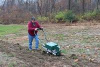 ergonomic garden farm equipment - 1