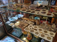 vintage collectables gift-wares store - 2