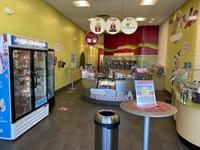 menchie's frozen yogurt shop - 1